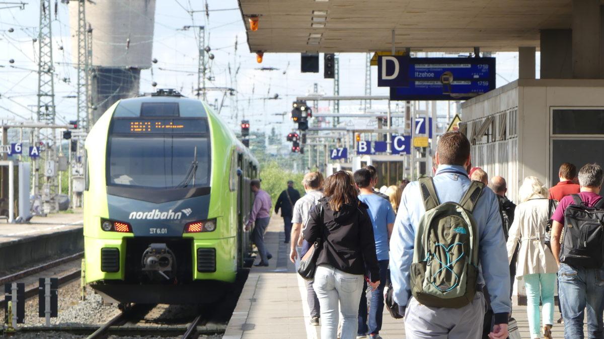 Verlegung Fernbahnhof Altona: Diebsteich – SPD und Grüne lassen das Parlament entgleisen