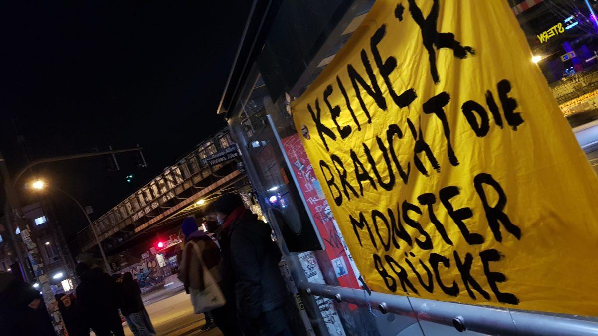 Gefahrguttransporte mitten durch die Stadt: der echte Grund für die Monsterbrücke?